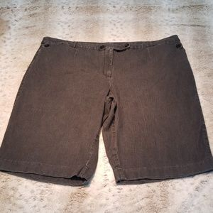 CATO Woman Longer Gray Black Shorts Size 26W
